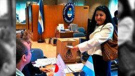 Japón, uno de los primeros países en donde comenzaron las elecciones en embajadas y consultados.