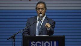En el último tramo de la campaña, Daniel Scioli rechazó una devaluación en los primeros dos meses de su Gobierno.