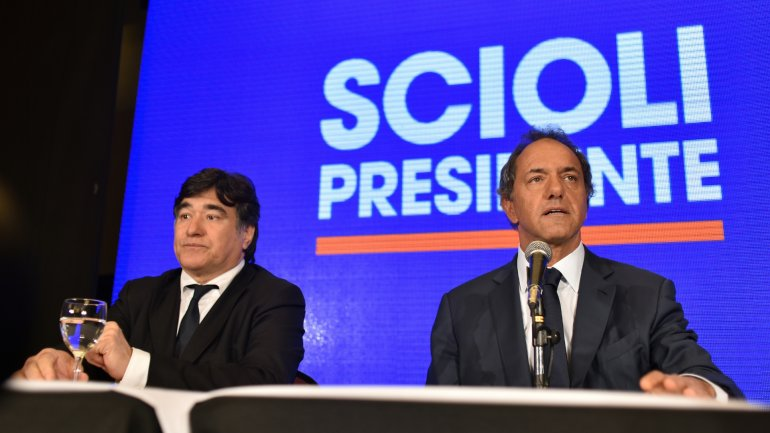 Carlos Zannini y Daniel Scioli, fórmula en peligro