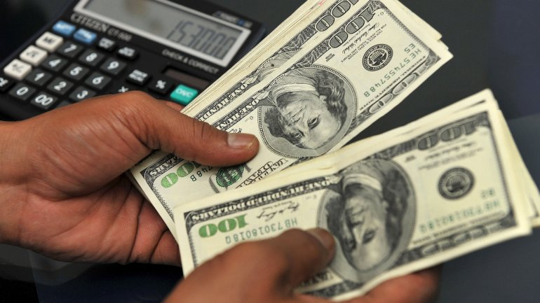 Gestion Macri: Dolar ,31, avanza