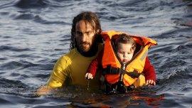 La imagen de Nicolás Migueiz Montán en pleno rescate recorrió el mundo
