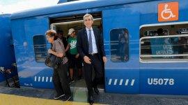 Florencio Randazzo en un tren de la línea San Martín