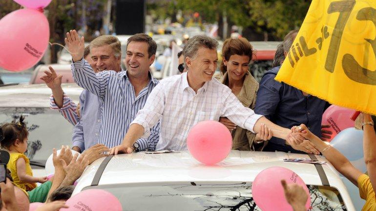 Mauricio Macri durante una recorrida de campaña en Córdoba.