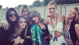 Taylor Swift junto a ellas, las cinco modelos del Girls Squad