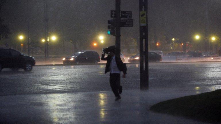 Se esperan fuertes tormentas en el centro del país