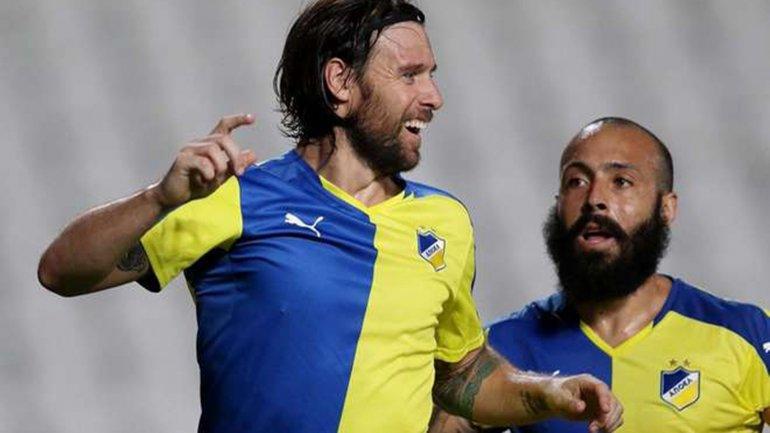 Gravement blessé, Cavenaghi résilie avec l'APOEL Nicosie