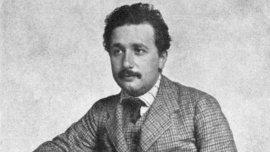 Albert Einstein dejó Alemania en 1932, un año antes del ascenso de Hitler al poder
