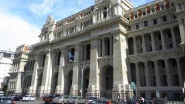 Fachada del Palacio de Tribunales.