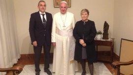 Guillermo Moreno y su esposa visitaron al Papa en Santa Marta