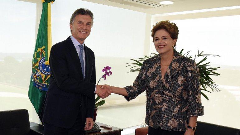 Mauricio Macri junto a Dilma Rousseff