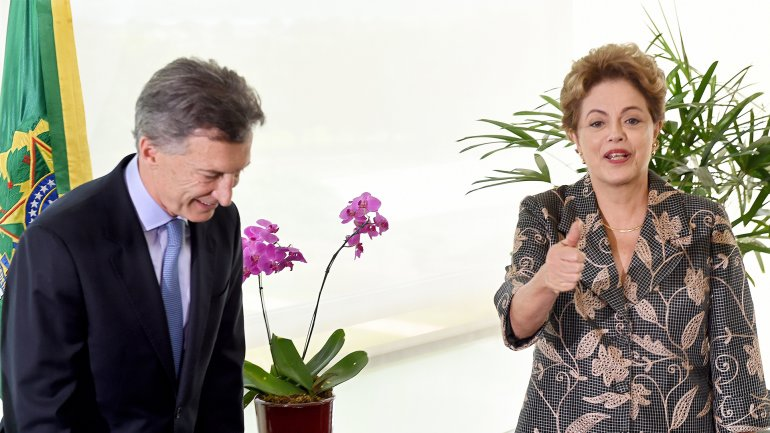 Dilma Rousseff invitó formalmente a Mauricio Macri a visitar Brasil