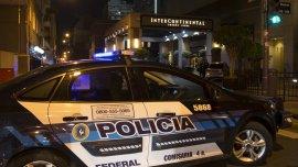 Efectivos de la policía Federal y de una brigada Antiexplosivos realizaron el operativo