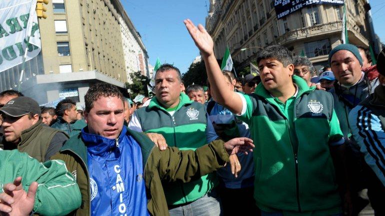Pablo Moyano amenaza con un paro de camiones de caudales: No va a entrar un peso en el Banco Central