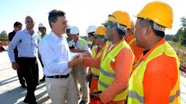 Macri se comprometió a terminar obras viales en el km 78 de la ruta 8, en Exaltación de la Cruz