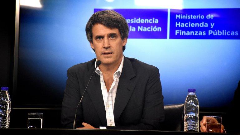 Alfonso Prat Gay anunció el fin del cepo