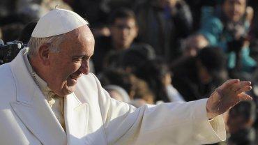 Ciudad del Vaticano. El papa Francisco ratificó hoy que el Jubileo Extraordinario de la Misericordia que comenzó el 8 de diciembre es en todo el mundo, no sólo en Roma. Así lo recordó este miércoles el Sumo Pontífice durante la Audiencia General en Plaza