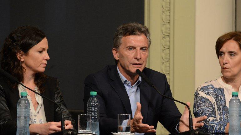 Mauricio Macri anunció beneficio social para niños, embarazadas y jubilados.
