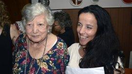 Chicha Mariani y su nieta Clara Anahí