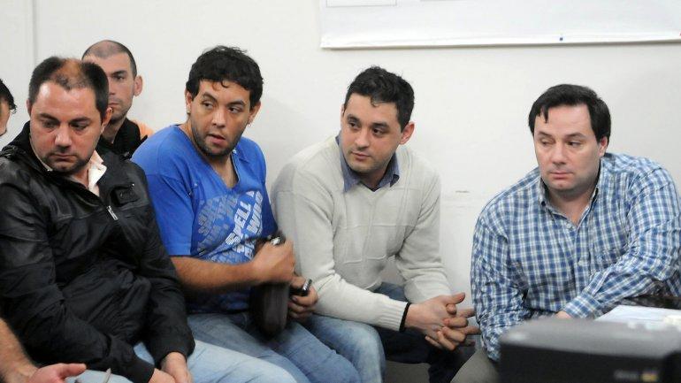 Los hermanos Martín y Cristian Lanatta y Víctor Squillaci son buscados por las cuatro fuerzas de seguridad