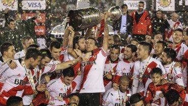 El  5 de agosto River venció 3-0 a Tigres de México en el Estadio  Monumental luego de igualar sin goles en la ida y se coronó campeón de  la Copa Libertadores de América tras 19 años