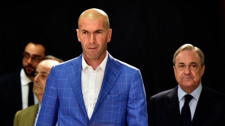 Real Madrid destituyó a Rafa Benítez y Zidane es el nuevo DT