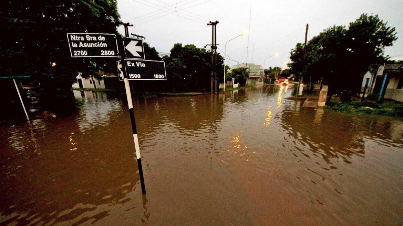 La ciudad de Corrientes fue golpeada con un nuevo temporal de intensa lluvia