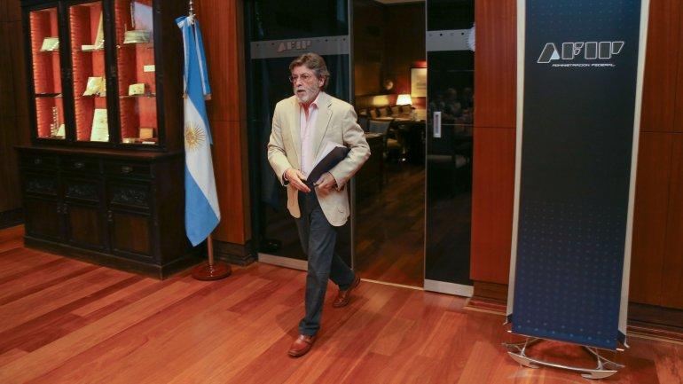 Alberto Abad dio detalles de los próximos pasos en materia de cambios tributarios