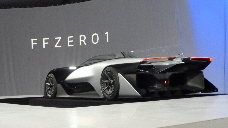El fabricante estadounidense  Faraday Future mostró el  prototipo de su nuevo deportivo, el FFZero que podría alcanzar velocidades  de hasta 320 kilómetros por hora