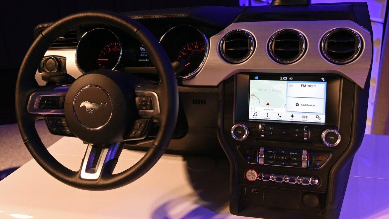 Sync 3, el sistema de comunicaciones y entretenimiento de Ford, compatible con Apple CarPlay y Android Auto