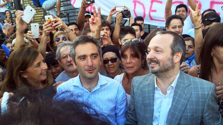 Gabriela Cerruti, Andrés Larroque y Martín Sabbatella