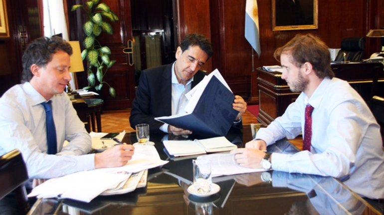 Carlos Melconian avanza con el norte de devolver al Banco Nación la función de fomento y aliento a los sectores de la producción