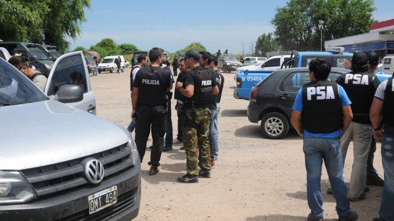 Se reforzaron los controles en seis provincias para dar con los evadidos.