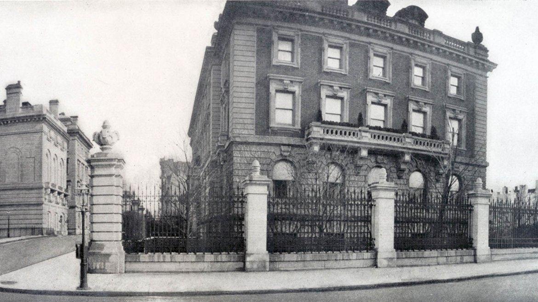 En la 91Este, la residencia de Andrew Carnegie en 1911