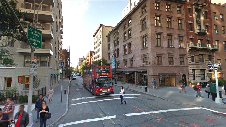 Así luce la esquina de la Quinta Avenida y la calle 8 Oeste en la actualidad
