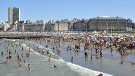 En 2015, 732.000 personas disfrutaron Mar del Plata en la primera quincena de enero, un 7,8% más que en 2016