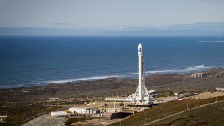 El Falcon 9, antes de despegar