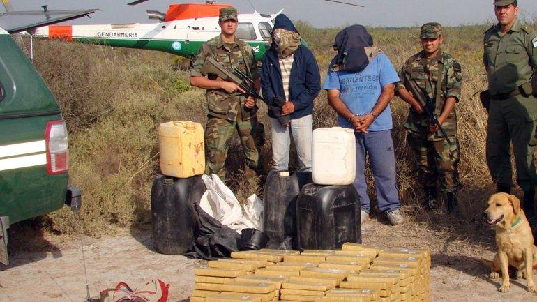 Operativo de Gendarmería: droga que lanzaron desde una avioneta