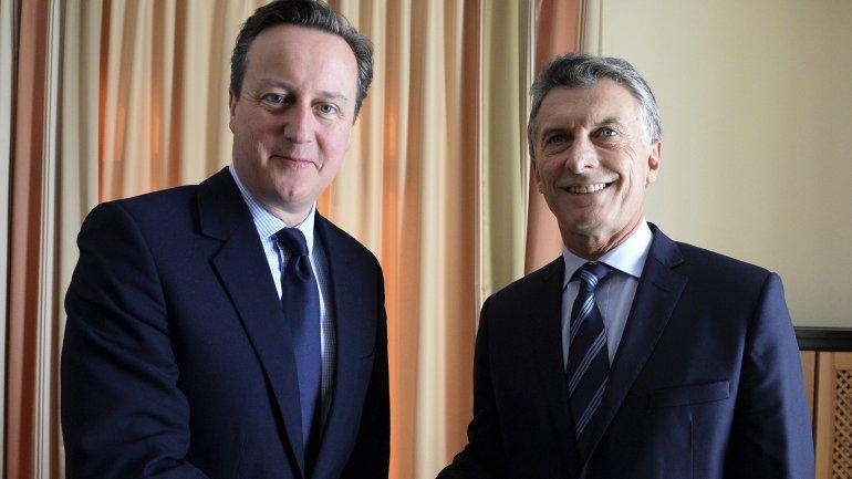 Mauricio Macri y David Cameron, juntos en Davos