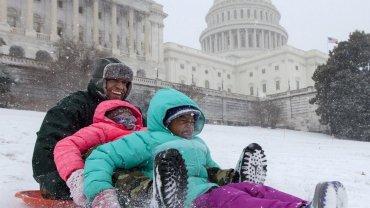 La nieve cubrió el Capitolio de los Estados Unidos