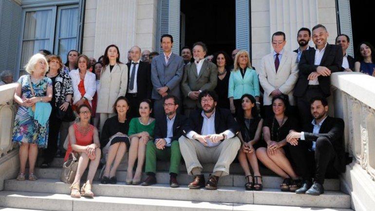 La foto de presentación del equipo de Pablo Avelluto perdió dos miembros.