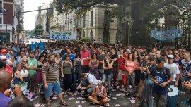Concentración de los trabajadores del Ministerio de Cultura contra los despidos.