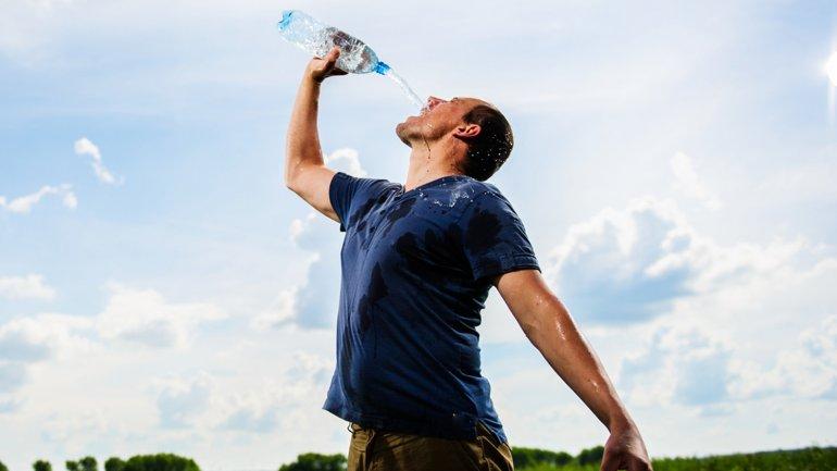 Hidratarse en exceso puede ser un riesgo para la salud de una persona
