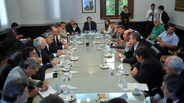 El Gobierno nacional reabrió el encuentro con los líderes del campo