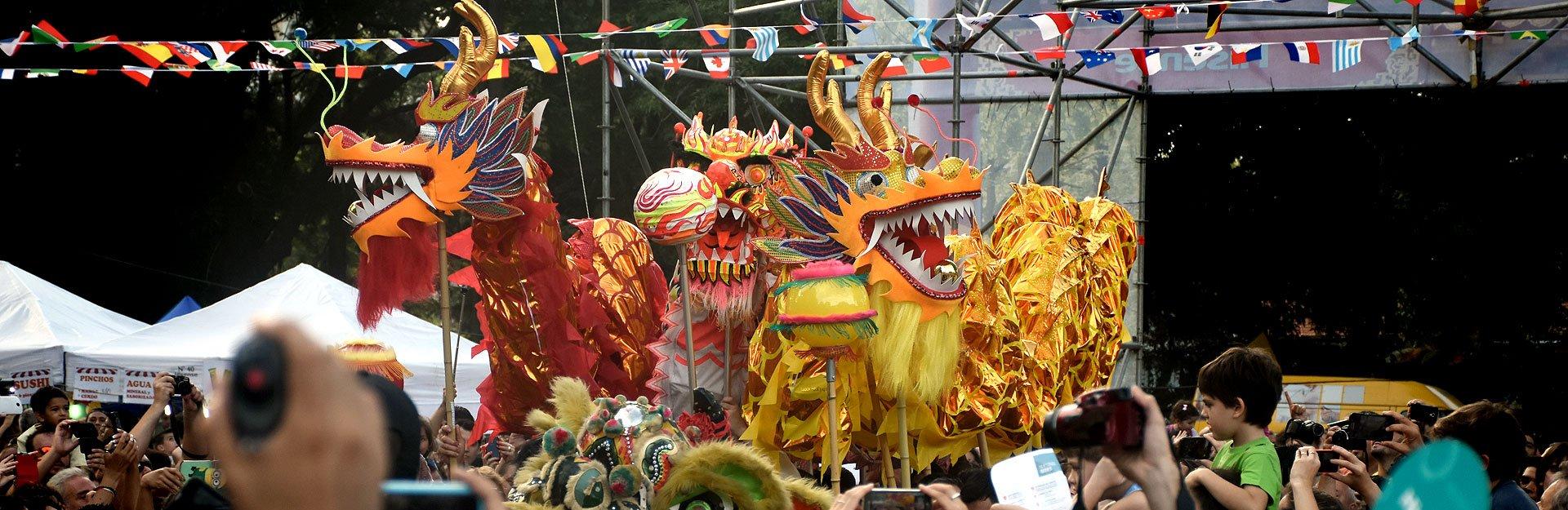 Color y brillo en los festejos por el Año Nuevo Chino