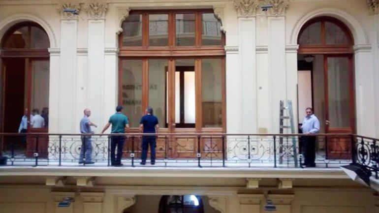 Así quedó el balcón donde estaban los cuadros