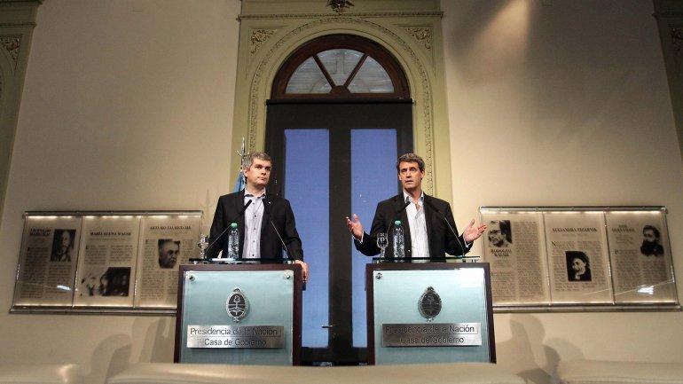 El jefe de Gabinete nacional, Marcos Peña, y el ministro de Hacienda y Finanzas, Alfonso Prat-Gay