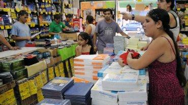 El acuerdo contempla a 27 productos escolares