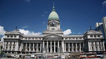 La intención de Macri es que los pliegos de los jueces para la Corte Suprema y de los embajadores estén lo más avanzados posible para la Asamblea Legislativa