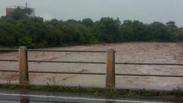 El río Metán registró una inusual crecida