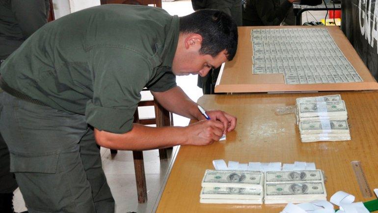 Un hombre de nacionalidad peruana quedó detenido por falsificación de dinero en Tucumán.